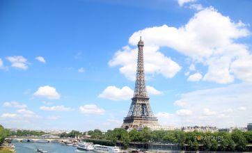 Айфеловата кула - символът на Париж